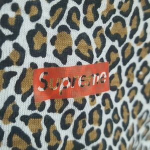 Hanes | SUPREME t-shirt
